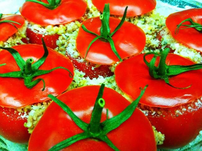 Stuffed Tomatoes | © C_Harvey/Flickr