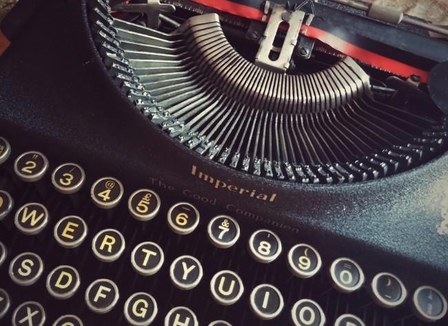 Typewriter | © KoalaParkLaundromat/Pixabay