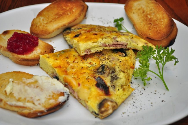 Ham & Cheese Fritatta| ©jeffreyww/flickr