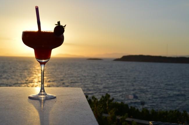 Enjoying a Cocktail   © Alaina McDavid / Flickr