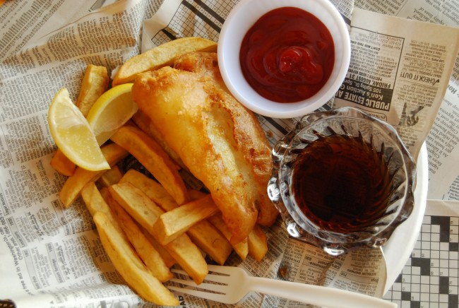 Fish & Chips is a popular dish at Pub 500 | © LearningLark/Flickr