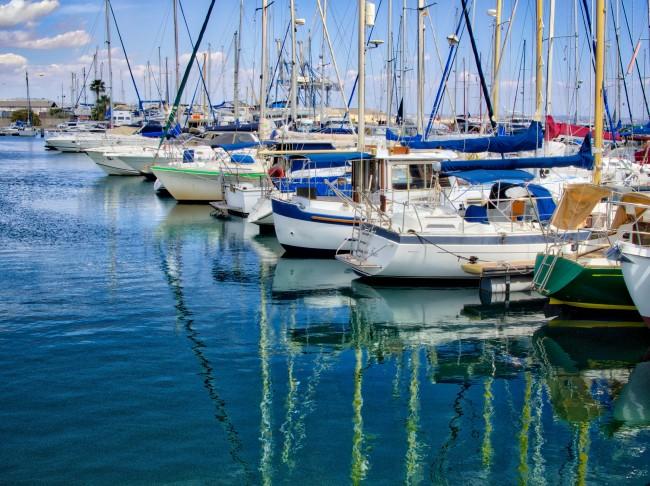 Larnaca Marina, Cyprus   © Sergey Galyonkin/Flickr