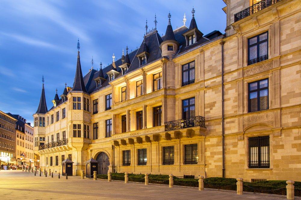 Grand Ducal Palace in the dusk, Luxembourg city © Marcin Krzyzak / Shutterstock