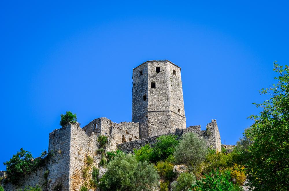 Srebrenik Fortress © Adnan Vejzovic / Shutterstock