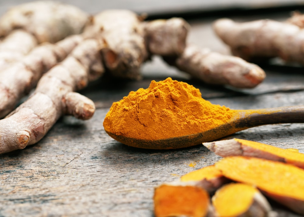Turmeric powder | © tarapong srichaiyos/Shutterstock