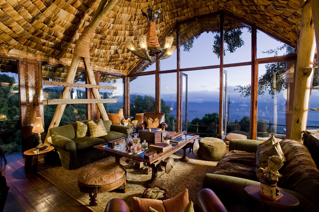 Ngorongoro Crater Lodge Restaurant, Tanzania © Roderick Eime/Flickr