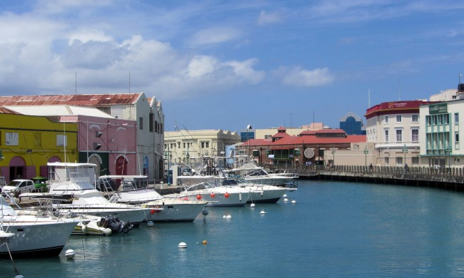 Bridgetown Harbour | © Loozrboy /Flickr