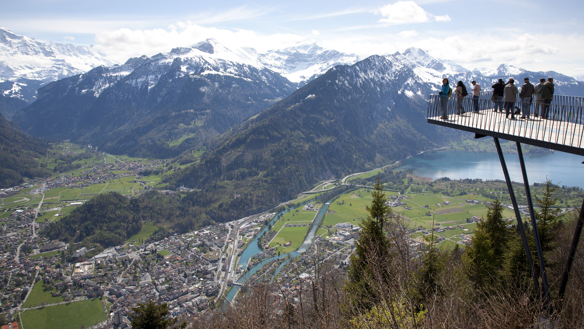 the top 10 things to see and do in interlaken switzerland