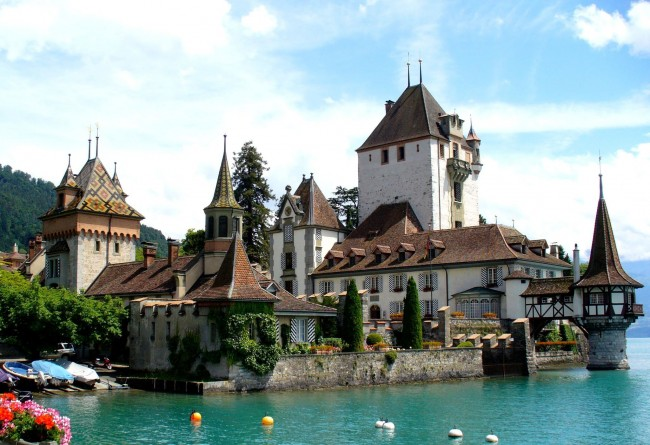 Oberhofen Castle | © Alps/WikiCommons
