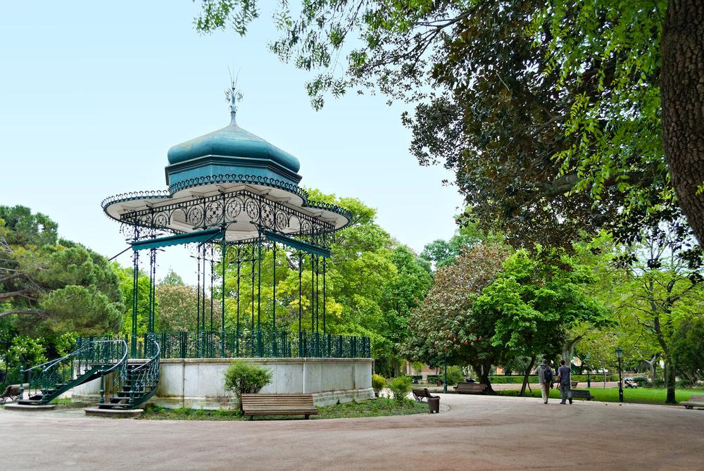 Portuguese pavilion at Jardim da Estrela in Lisbon, Portugal © Gubin Yury / Shutterstock