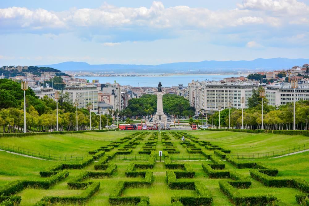 Eduardo VII park and gardens in Lisbon, Portugal © Pavel Arzhakov / Shutterstock