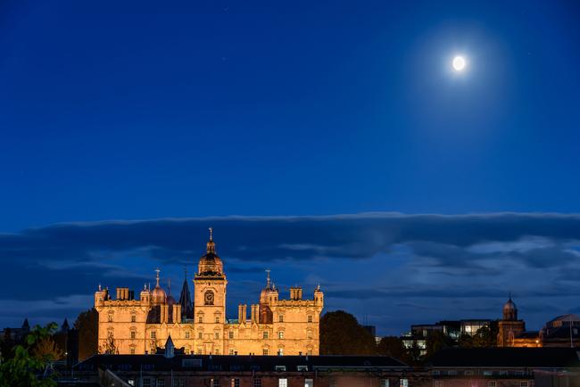 George Heriot school lit by moonlight | © Shahid Khan/Shutterstock