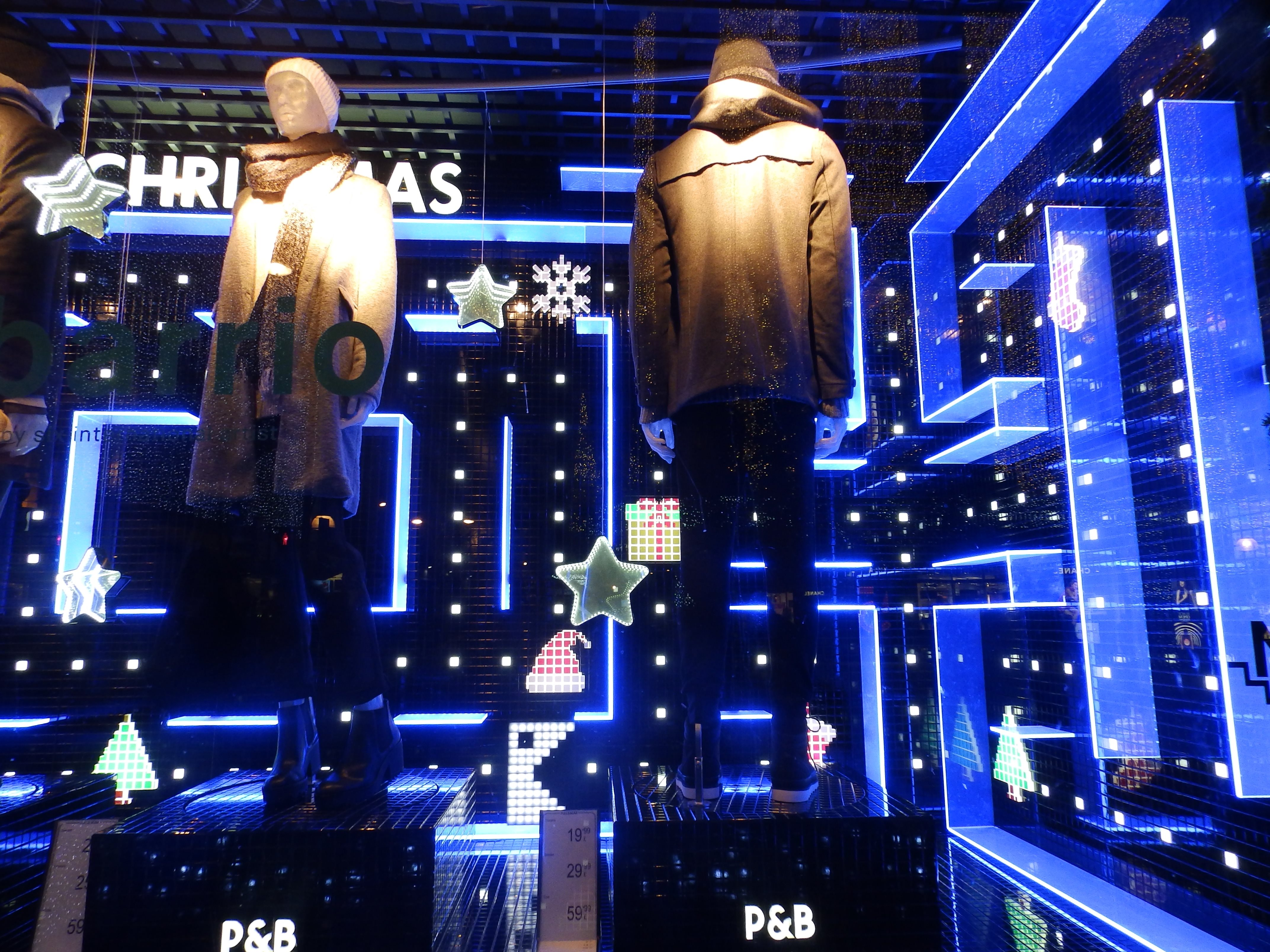 Window display for Pull and Bear | Courtesy of Andrea Fiorini