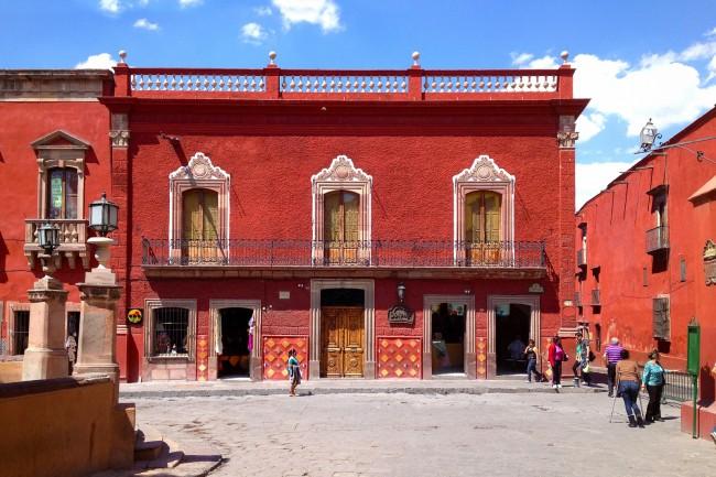 Casa Roja ©perspepic/Flickr