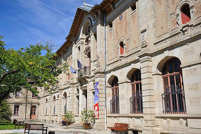 Musée national de la porcelaine Adrien Dubouché, Limoges, Haute-Vienne, France © Croquant/Wikicommons