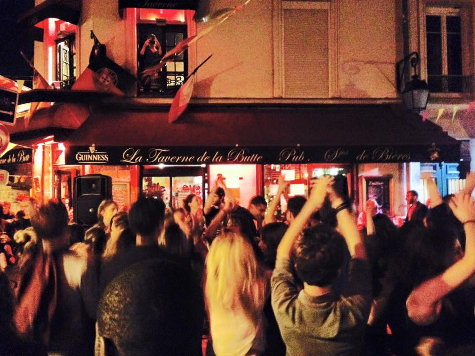 Cirrus Records at La Taverne de la Butte | © Cirrus Records
