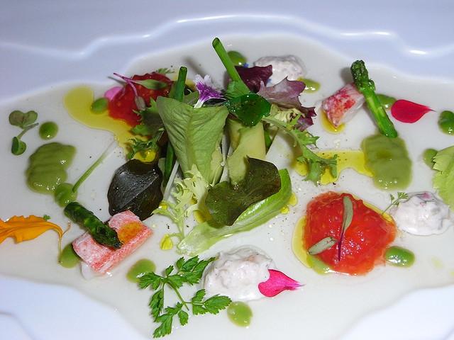 Salad with seafood at Martin Berasategui | © Javier Lastras/Flickr
