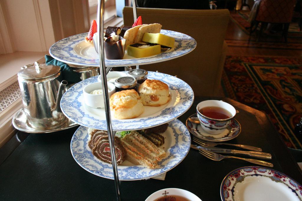 Afternoon tea at the Empress Hotel, Victoria  © Robin Zebrowski/Flickr
