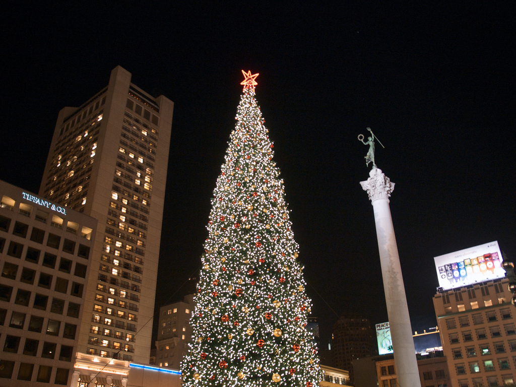 Union Square Christmas Tree | © Ingrid Taylar/Flickr