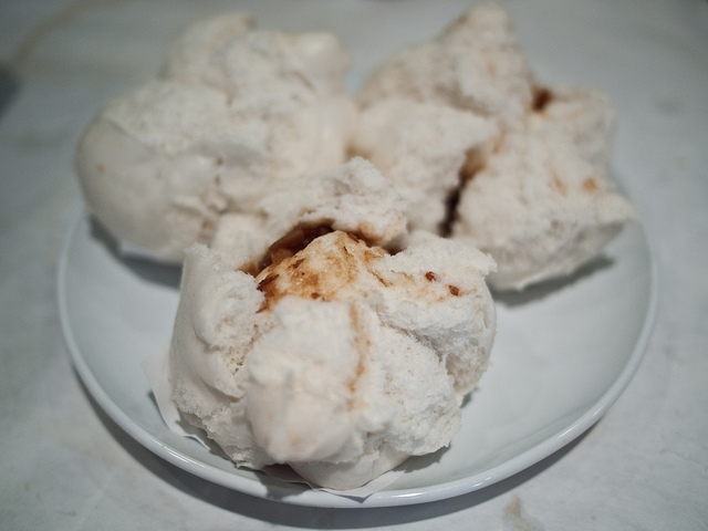 Li Wah Dim Sum - Steamed BBQ Pork Bun | © Edsel Little/Flickr