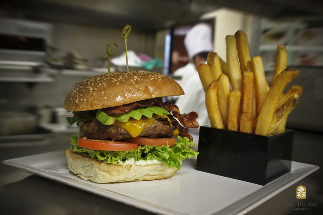 Certified Angus Beef Burger w/ Avocado | © Pan Pacific/Flickr