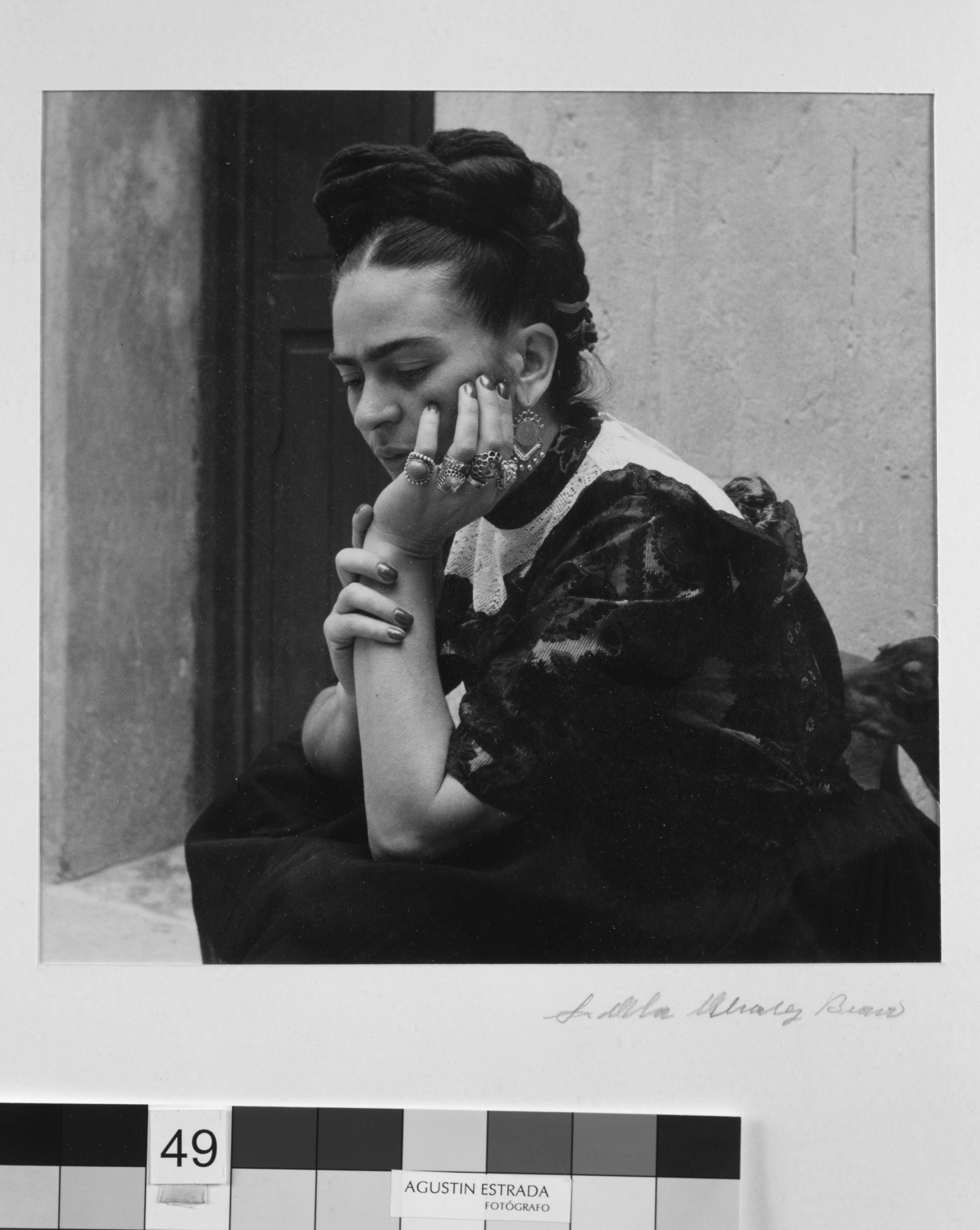 6-LolaAlvarezBravo Frida Kahlo