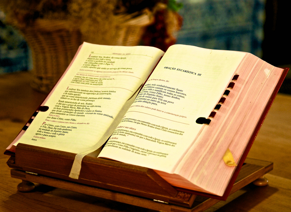 Holy book | © Pedro Ribeiro Simões/Flickr