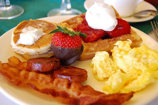 Breakfast| ©Janine/Wikicommons