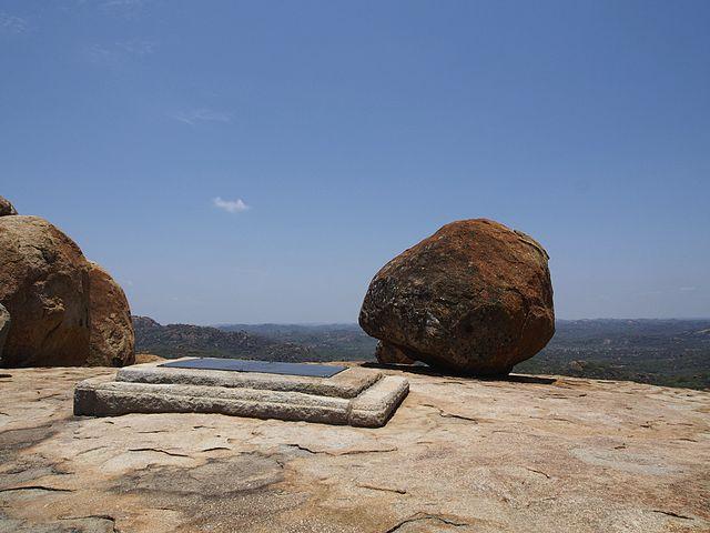Tomb of Cecil Rhodes, Matopos Hills, Zimbabwe | © Sputniktilt/Wikicommons