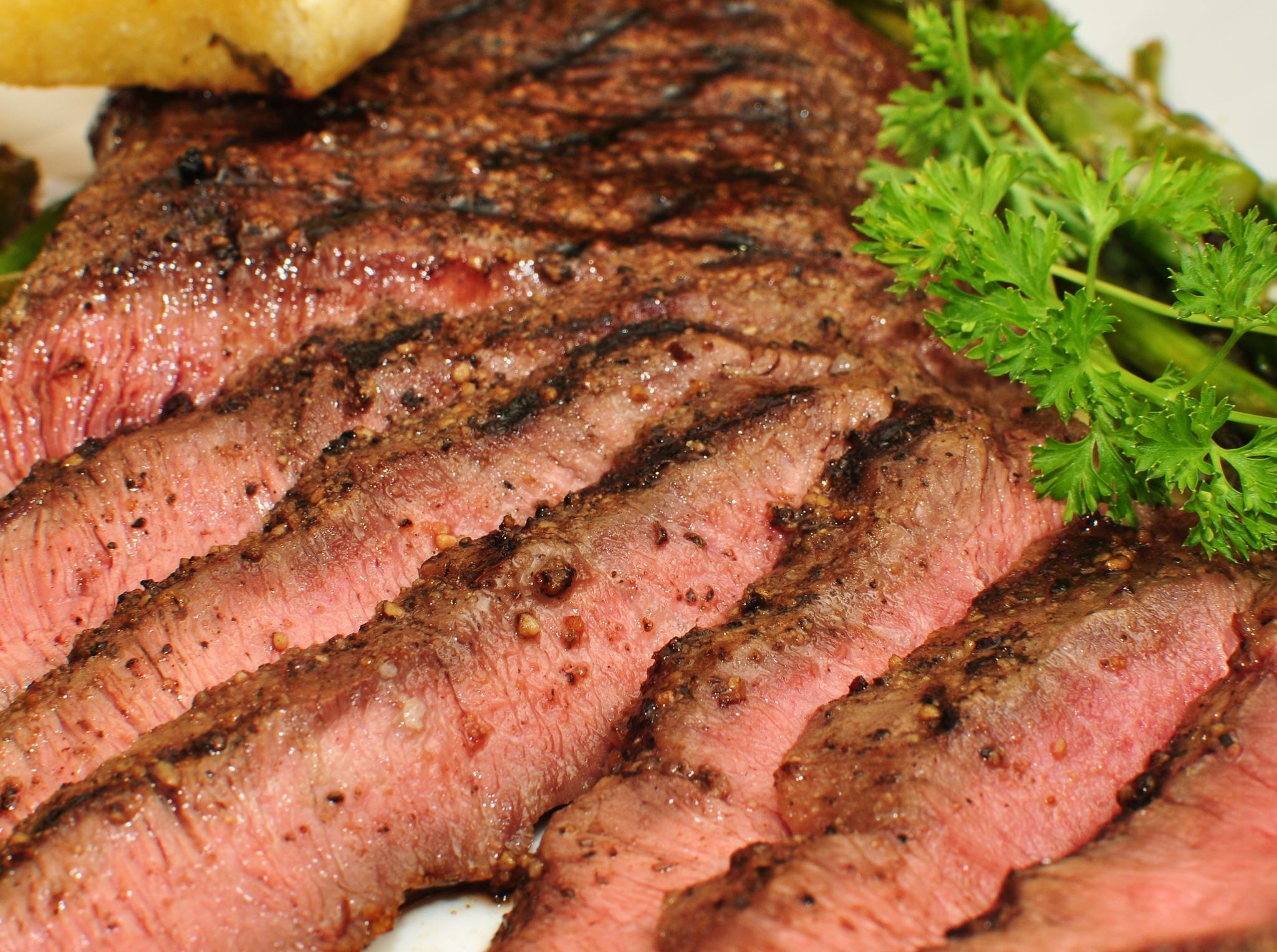Grilled Flat Iron Steak | © jeffreyw/Flickr