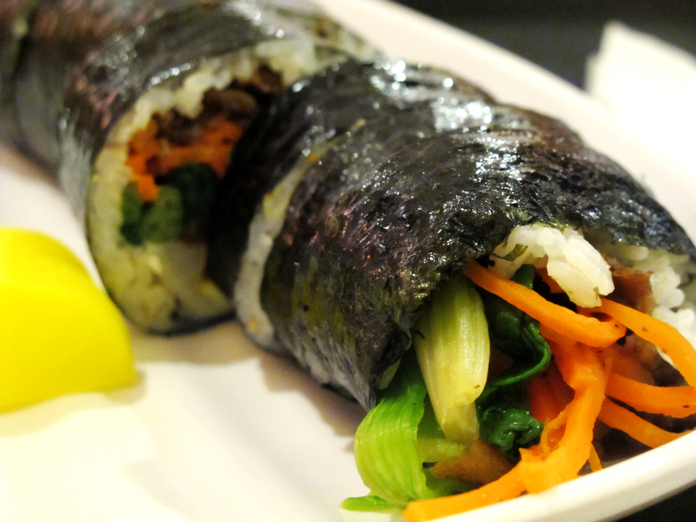 Kimbap [ © wendy/Flickr ]