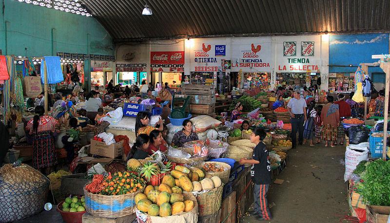 Market © Chensuyian/WikiCommons
