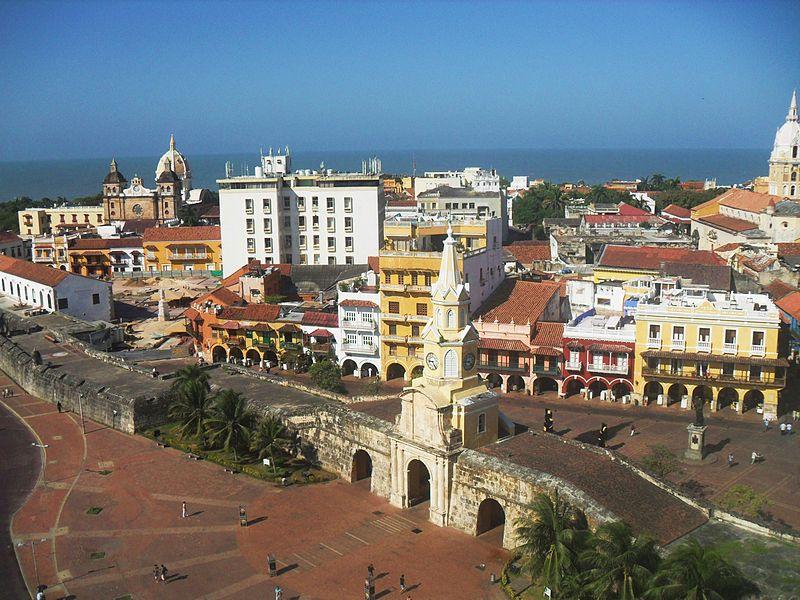 https://cdn.theculturetrip.com/wp-content/uploads/2015/11/800px-Sector_antiguo_de_la_ciudad_de_Cartagena_de_Indias_2.jpg