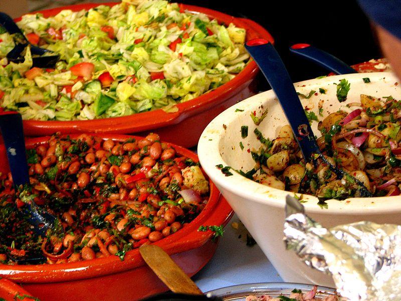 Turkish food © Garry Knight/ WikiCommons