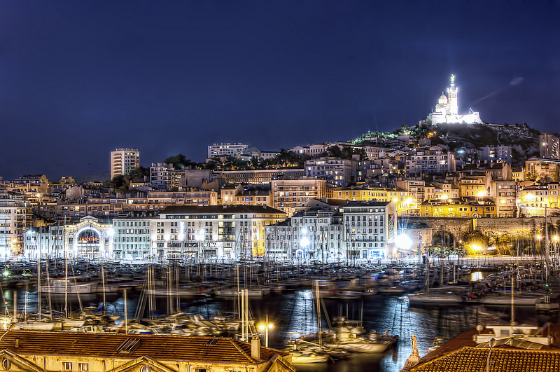 Marseille's Old Port by night | © Cyril/Flickr