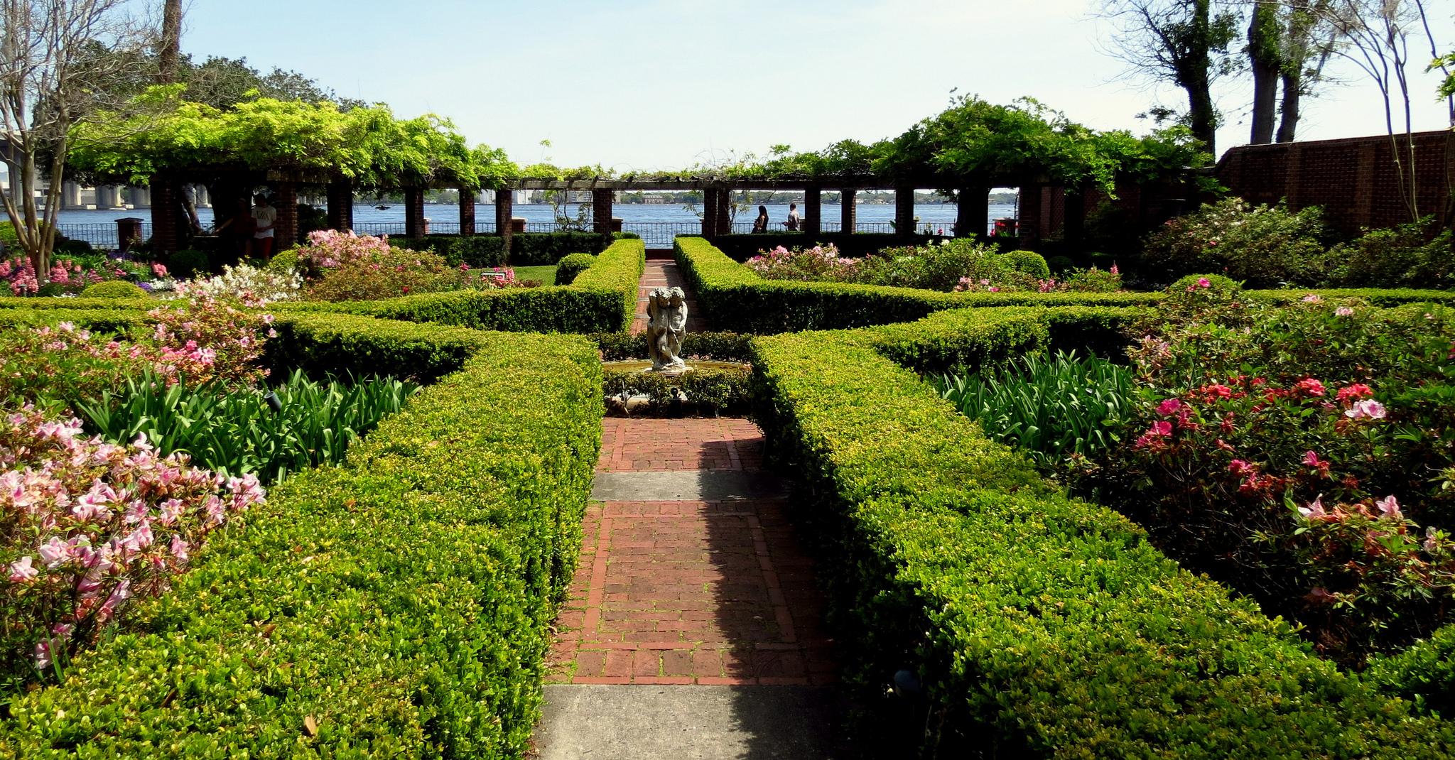 loveliest parks and gardens in jacksonville florida. Black Bedroom Furniture Sets. Home Design Ideas