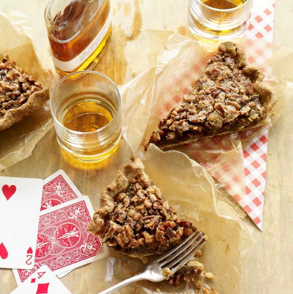 Bourbon Ginger Pecan Pie | © Tina Rupp