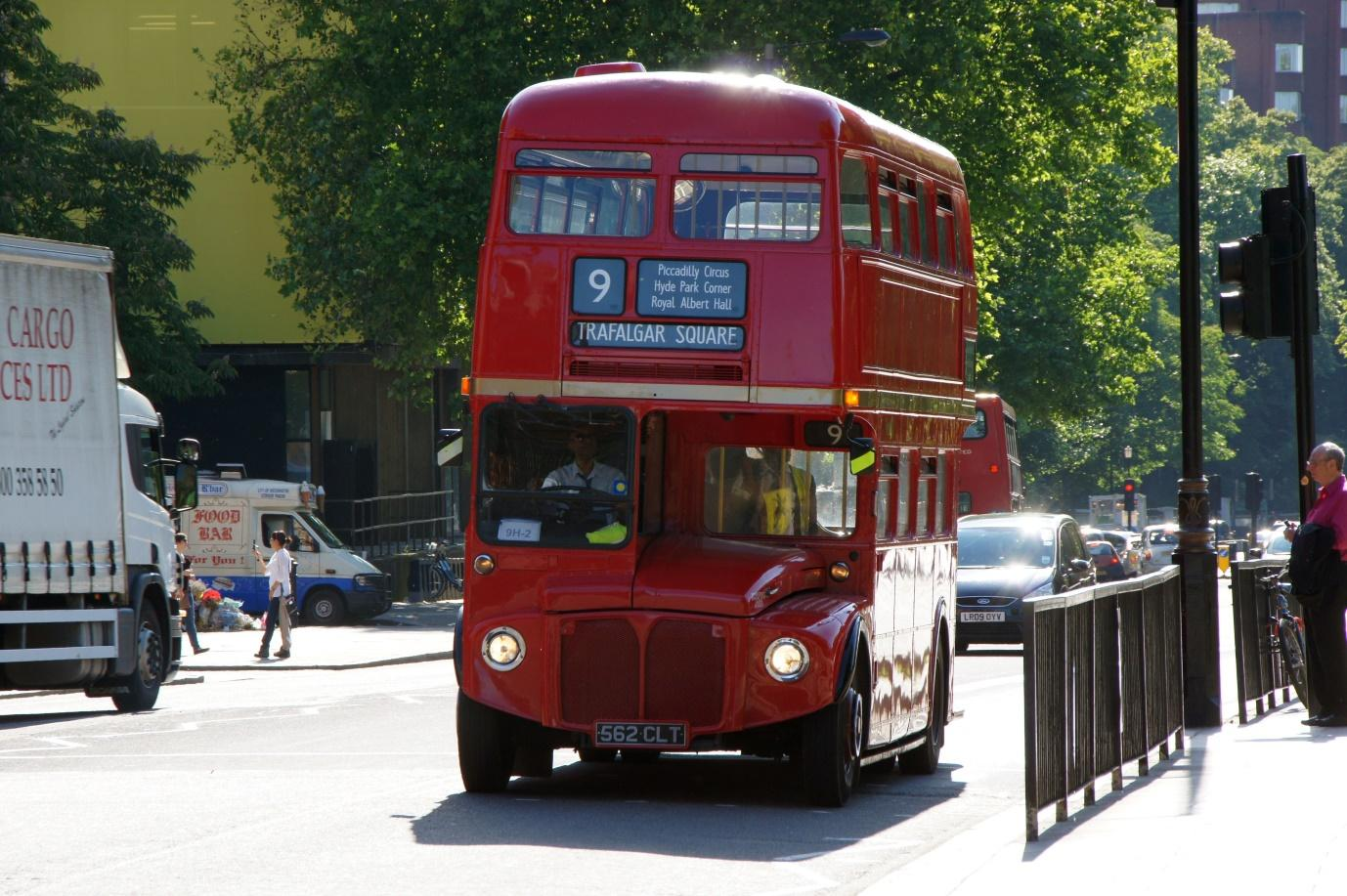 An old Routemaster | ©Chris Sampson/WikiCommons