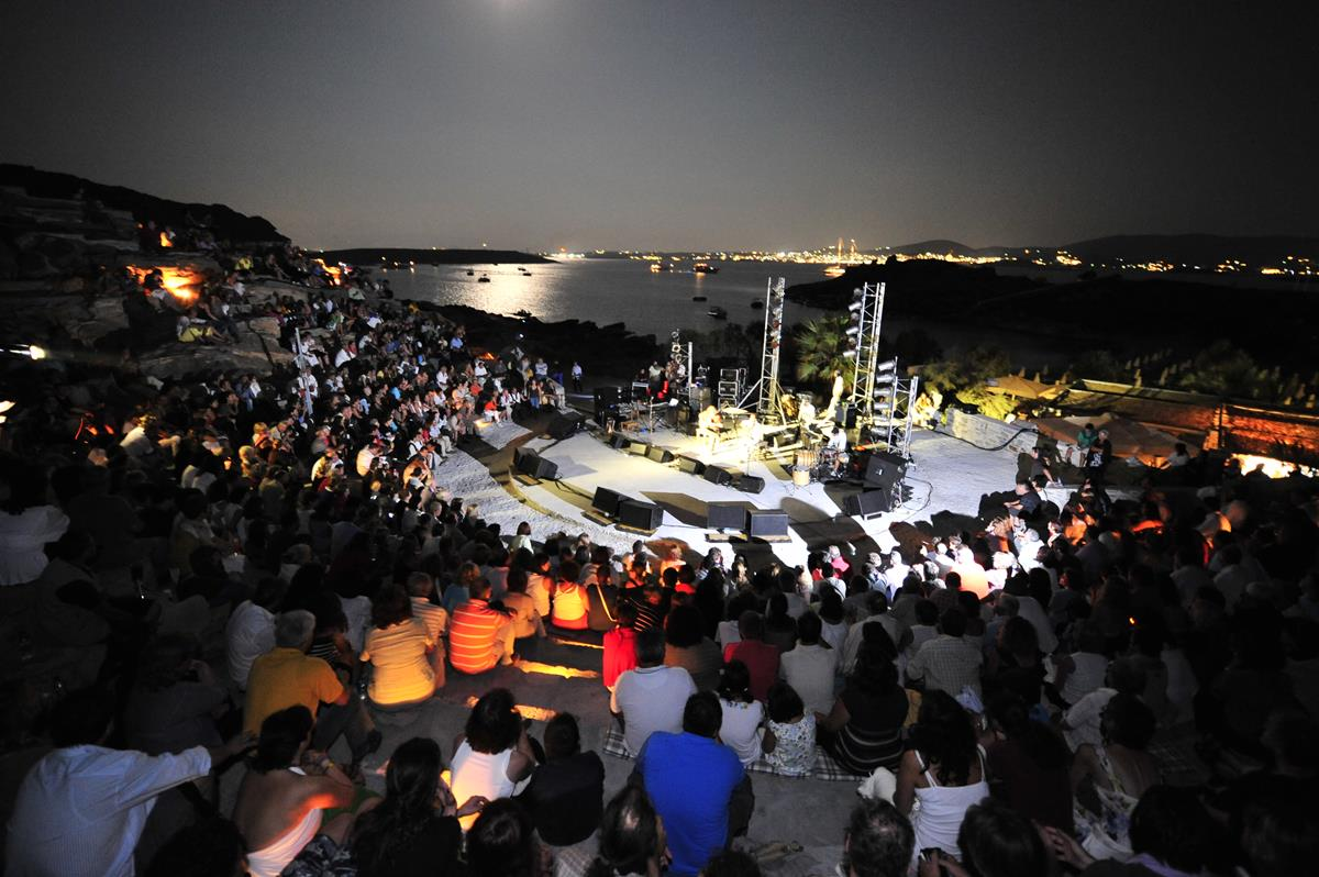 Paros Park Theater/Courtesy of Paros Park