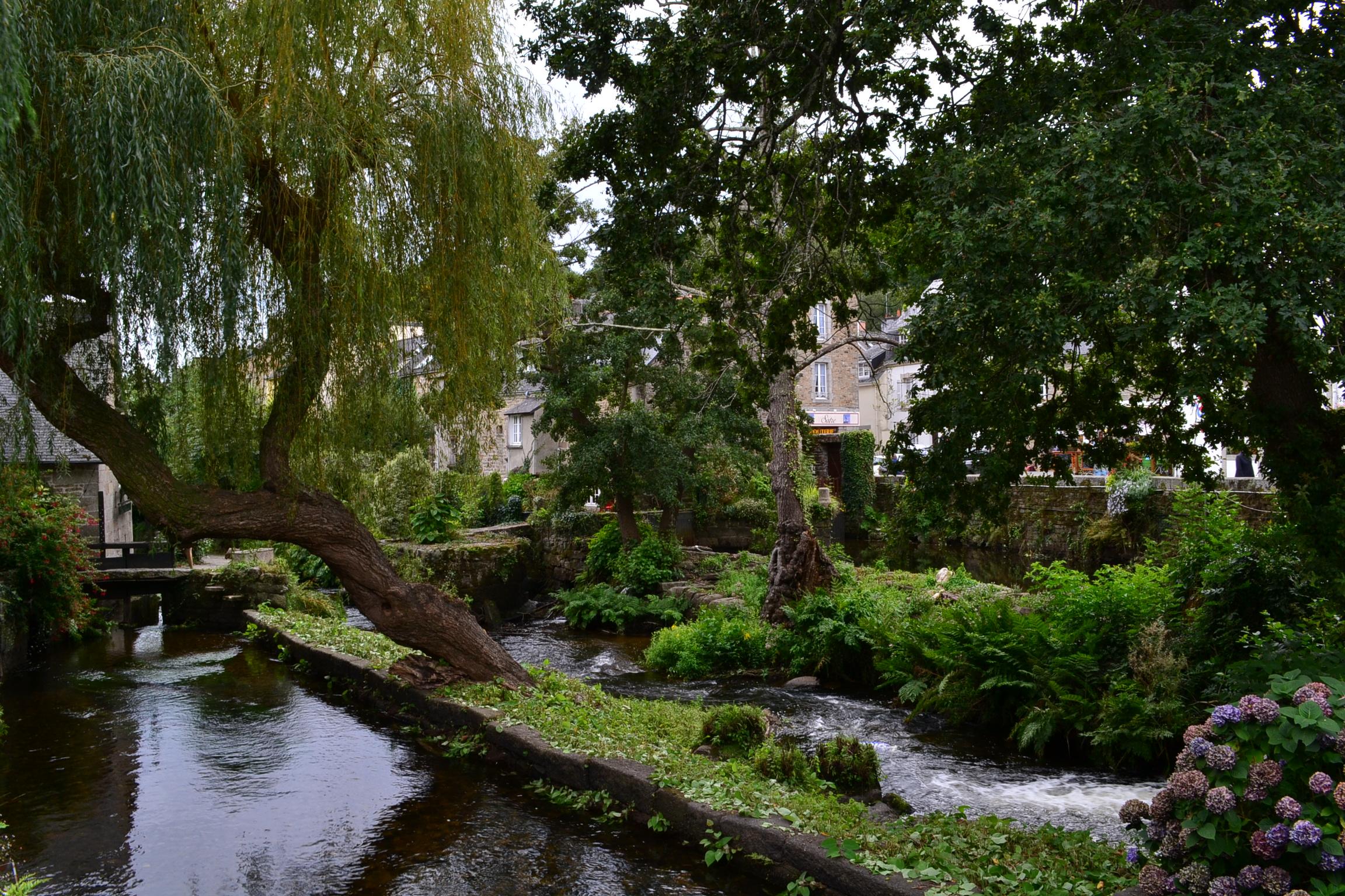 Bois d'Amour in Pont-Aven, Brittany | © Hristos Fleturis
