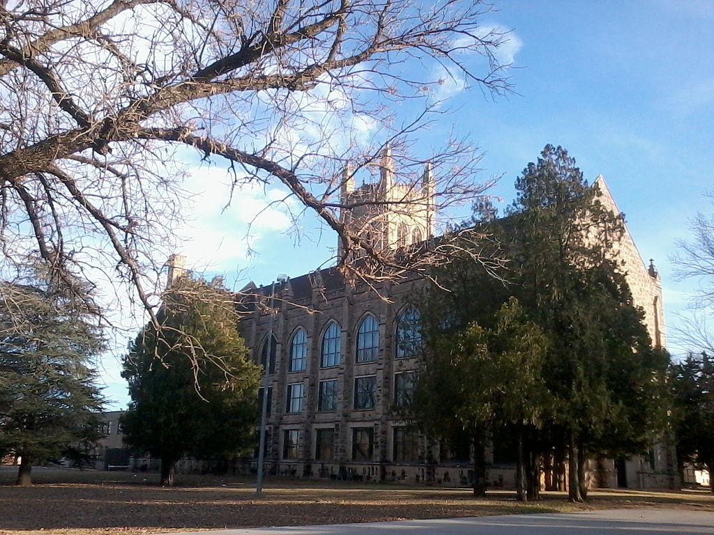 Marshall Building in Enid, Oklahoma   © Kiddo27/WikiCommons