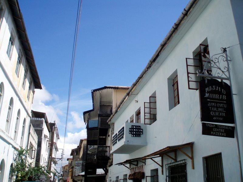 Entering the Old Town, Mombasa | © Shiraz Chakera