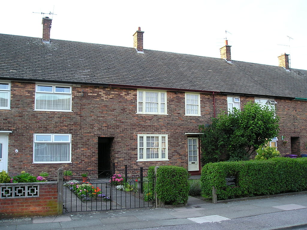 20 Forthlin Road, Liverpool L18, the childhood home of Paul McCartney.   ©Lipinski/WikiCommons