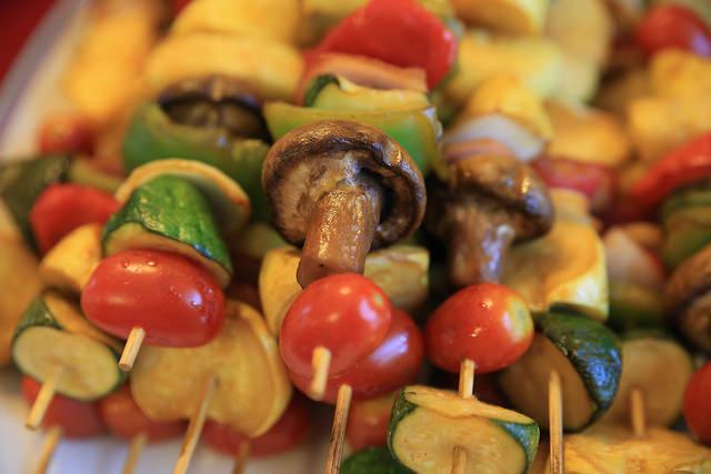 Veggie Kabobs   ©Carol VanHook/Flickr