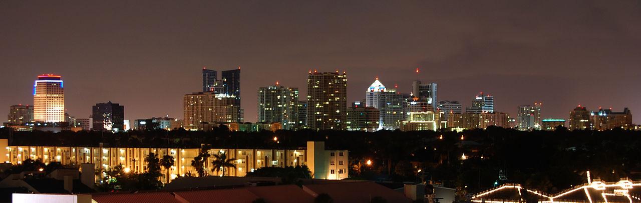 Fort Lauderdale Skyline |© Andyxox/WikiCommons