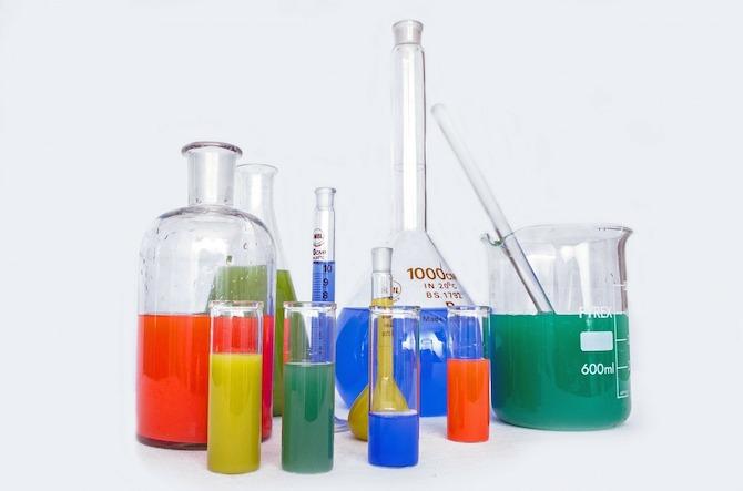 Laboratory Glassware | © Pixabay