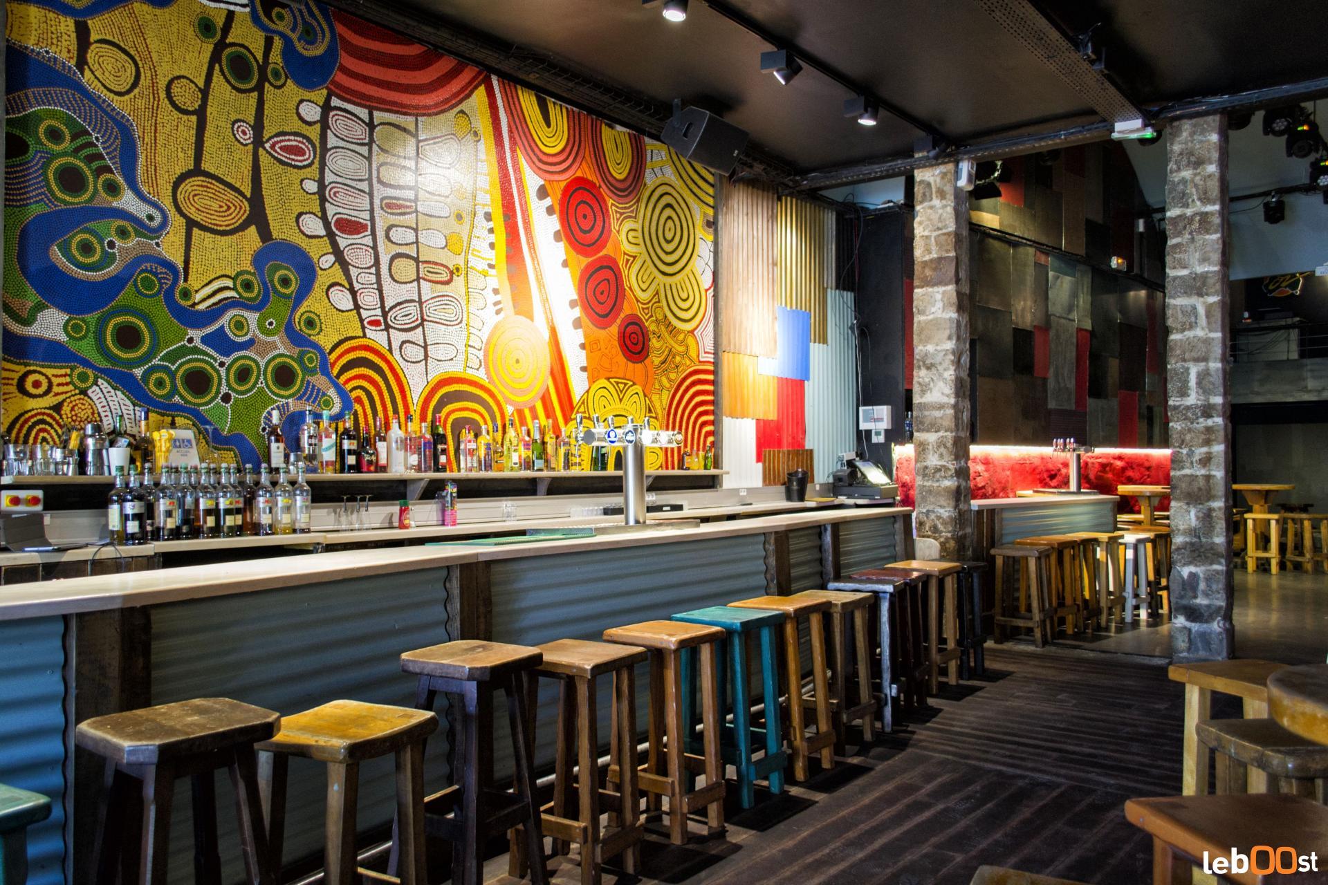 Le Café Oz's interior | Courtesry of Le Café Oz