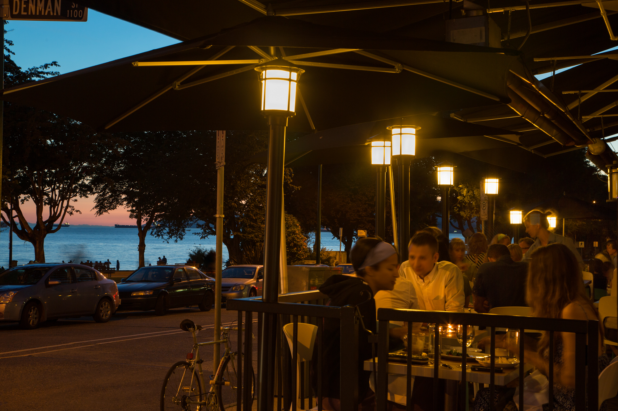 The Best Beach Bars And Restaurants In Vancouver Bay Cafe Bc