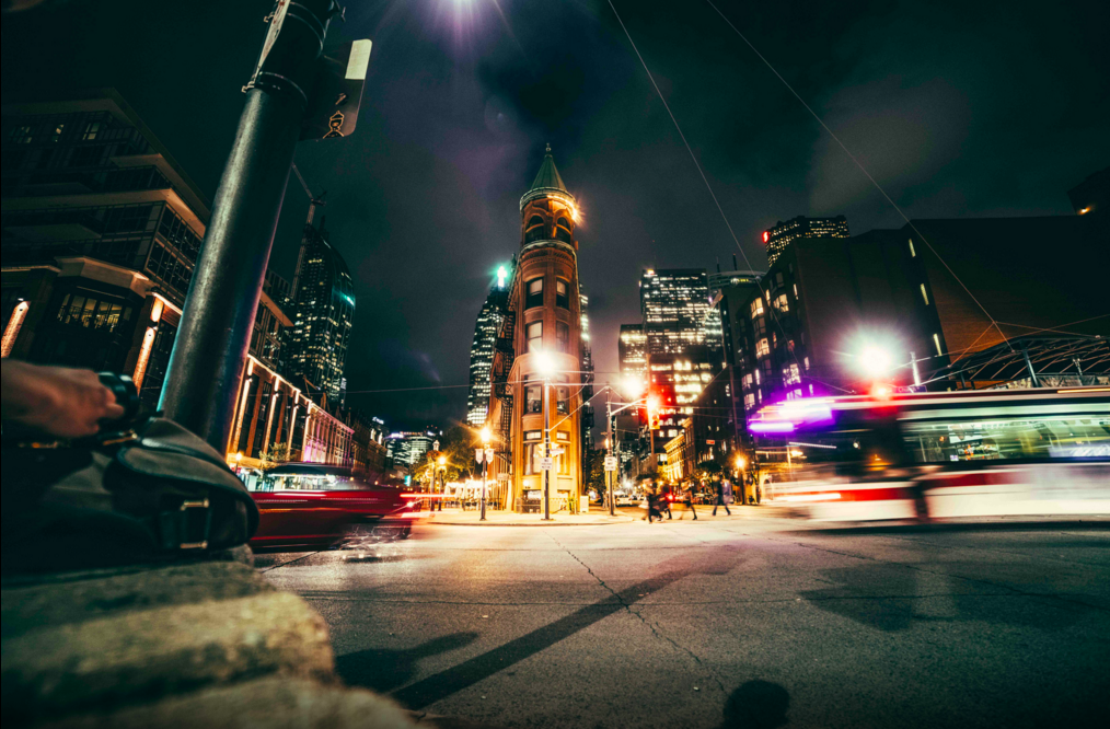 Gooderham Building at Night | © Barnabas Siwila/500px