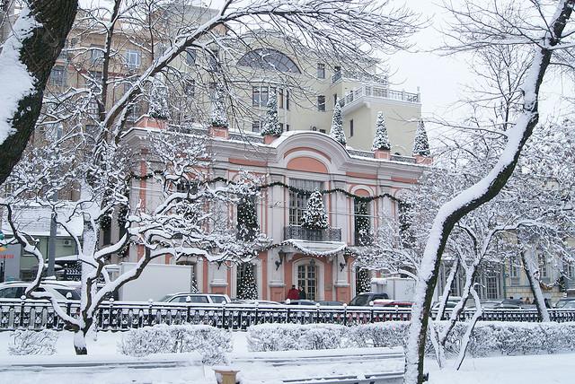 the best winter wonderlands in moscow. Black Bedroom Furniture Sets. Home Design Ideas
